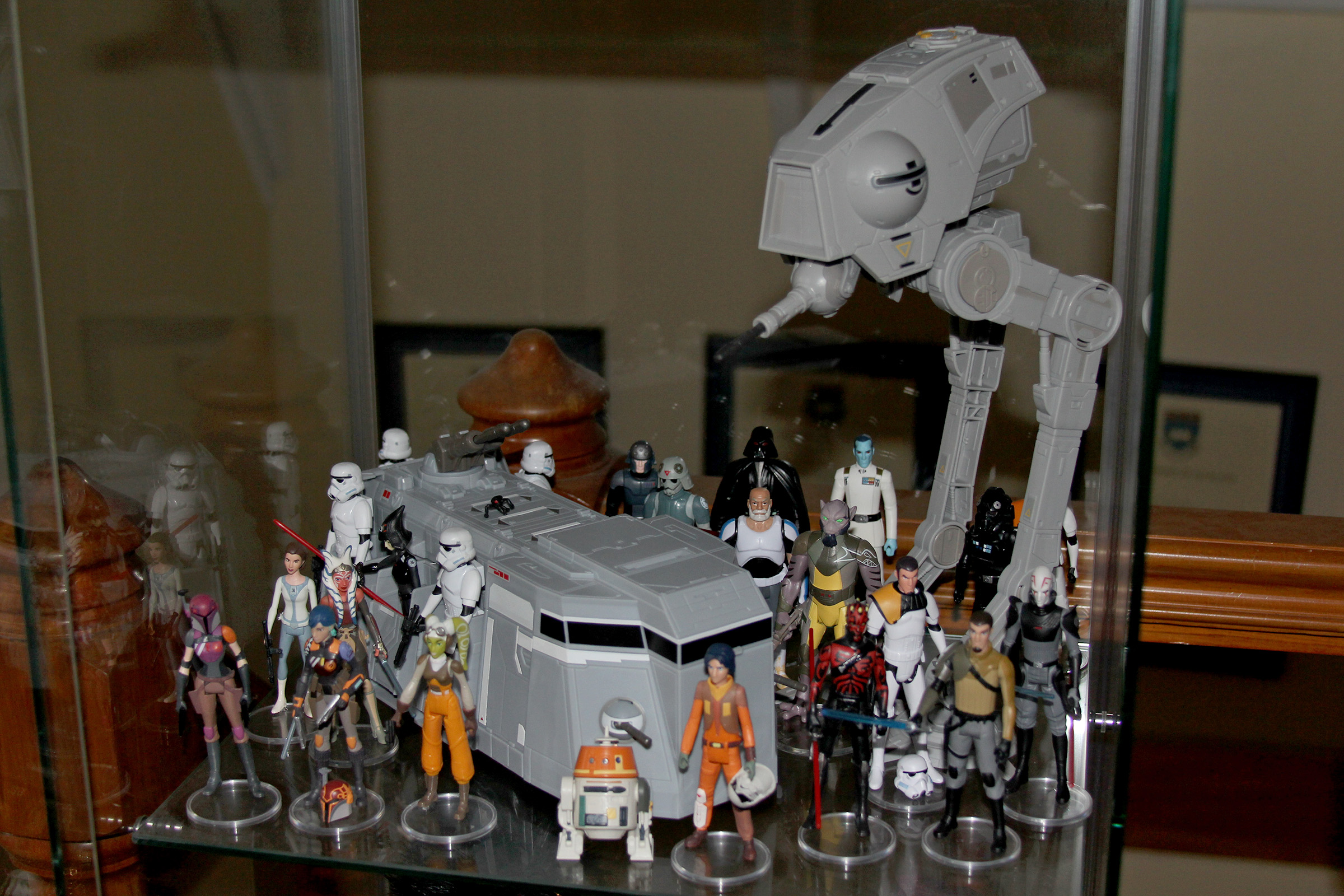 Rebels action figures and vehicles