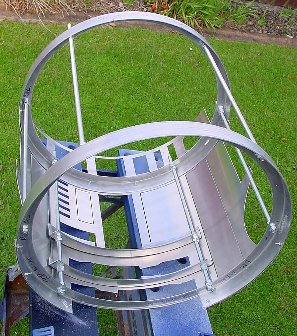 R2-D2 aluminium frame and skin