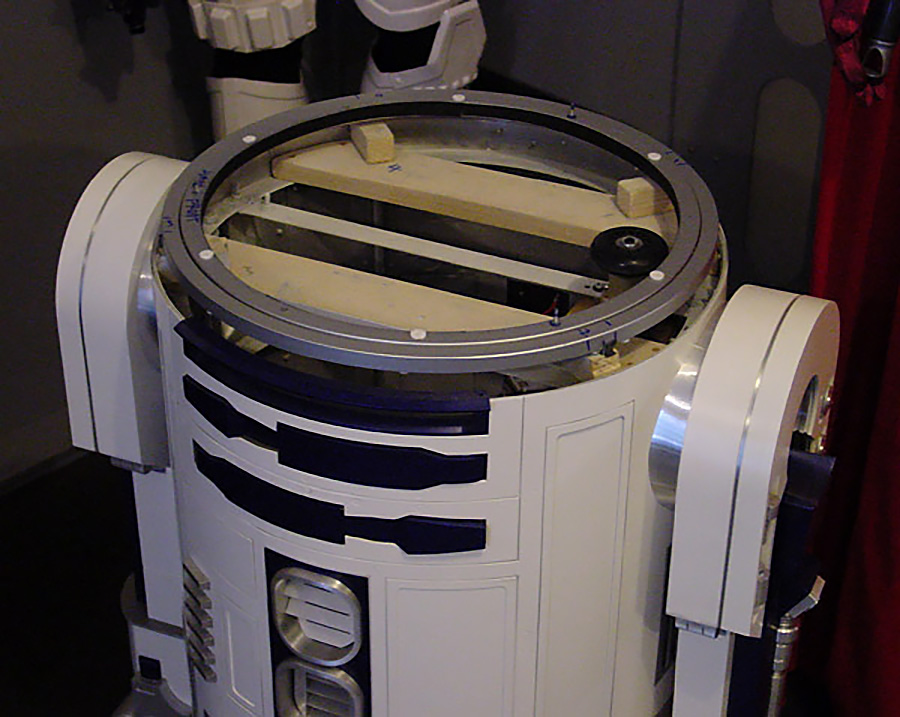 R2-D2 dome bearing