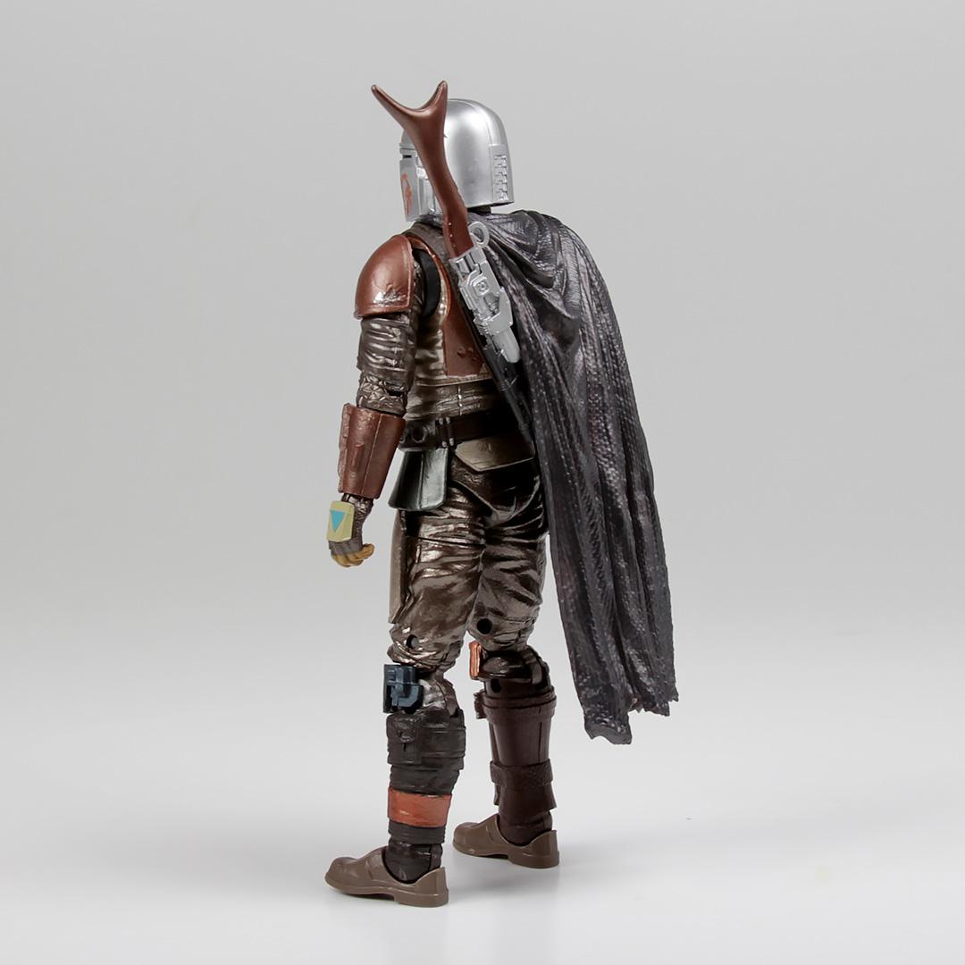 """Carbonized Black Series 6"""" Mandalorian Action Figure"""